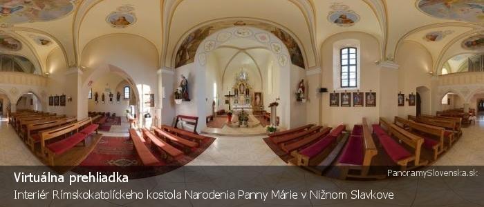 Interiér Rímskokatolíckeho kostola Narodenia Panny Márie vNižnom Slavkove