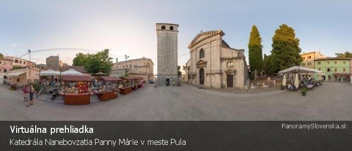 Katedrála Nanebovzatia Panny Márie v meste Pula